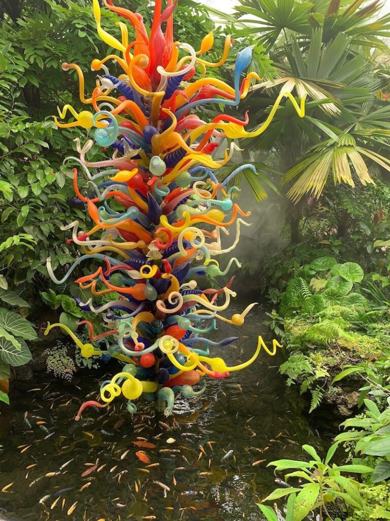 En tu recorrido por el Fairchild Garden encontrarás obras de artes.